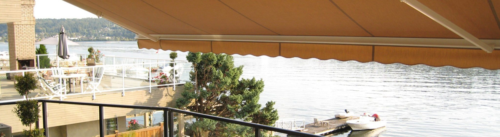 Awning, Awnings, Retractable Awnings, Cape Cod Awnings, Long Island Awnings, Shade and Shutter Systems